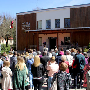 Atvērta jaunā Ogres muzeja ēka
