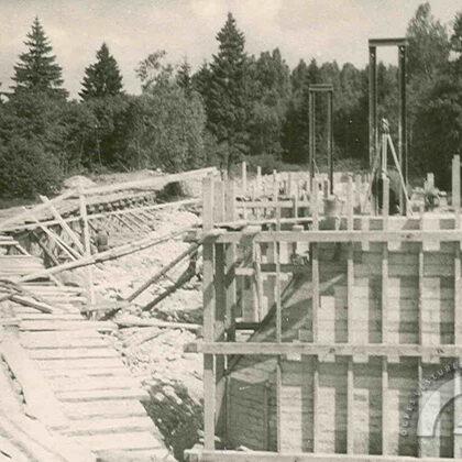 Ogres kartonfabrikas dambja būvniecība, ap 1957. gadu