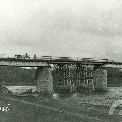 Šosejas tilts pēc kara postījumiem, 20. gs. 20. gadu sākums